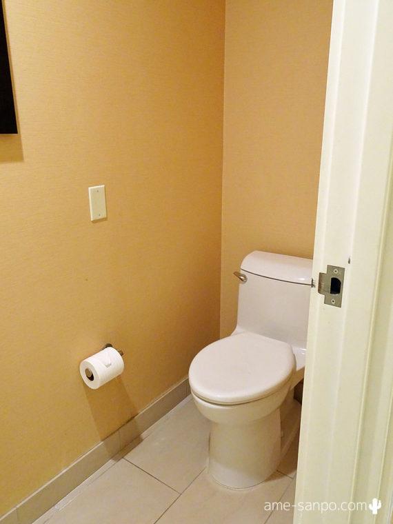 アグアカリエンテのトイレ