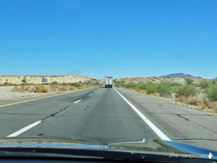 I-10を運転中