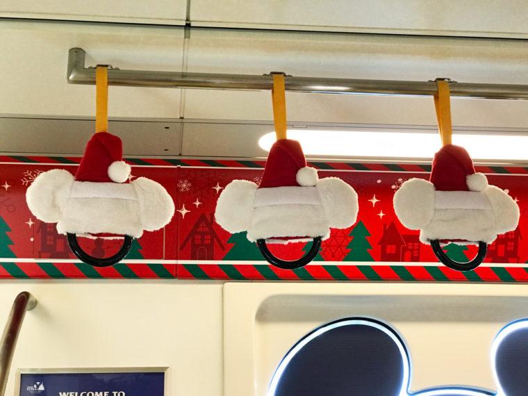 リゾートライン クリスマスラッピングモノレール